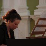 <strong>dr Anna Urszula Kucharska</strong> – wirginał, nauka basso continuo
