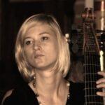 <strong>Karolina Koślacz</strong> – viola da gamba